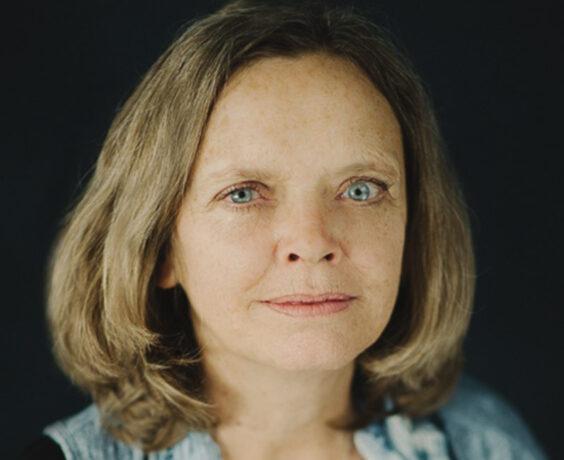 Headshot of Cindy Ogden